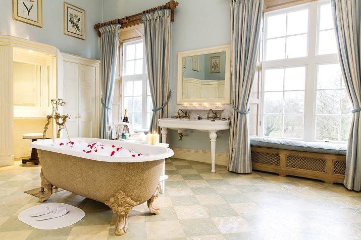 Luxury Bathrooms Ireland castleknock castle, co dublin   elegant ireland